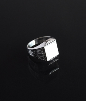 Vincenzo&Simone (ヴィンセンツォ&シモーヌ) STATELY SQUARE SIGNET RING【MENS&WOMENS】