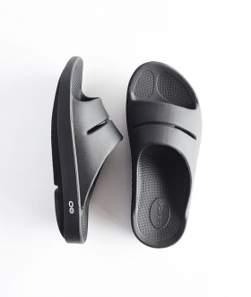 OOFOS (ウーフォス) OOahh BLACK【MENS】